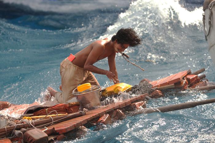как называется фильм парень и тигр в лодке