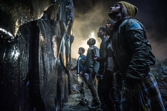 Смотр фильм Пираты Карибского моря: Мертвецы не рассказывают сказки
