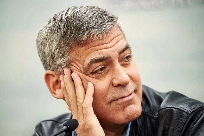"Джордж Клуни поставит мини-сериал по мотивам романа ""Уловка-22"""